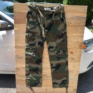 32/32 Army Pants